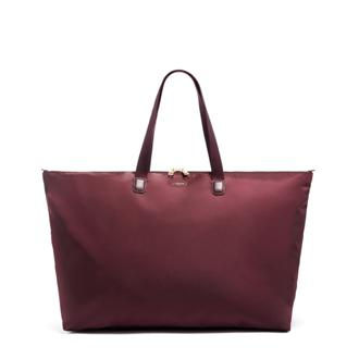 JUST IN CASE TOTE PORT - medium | Tumi Thailand