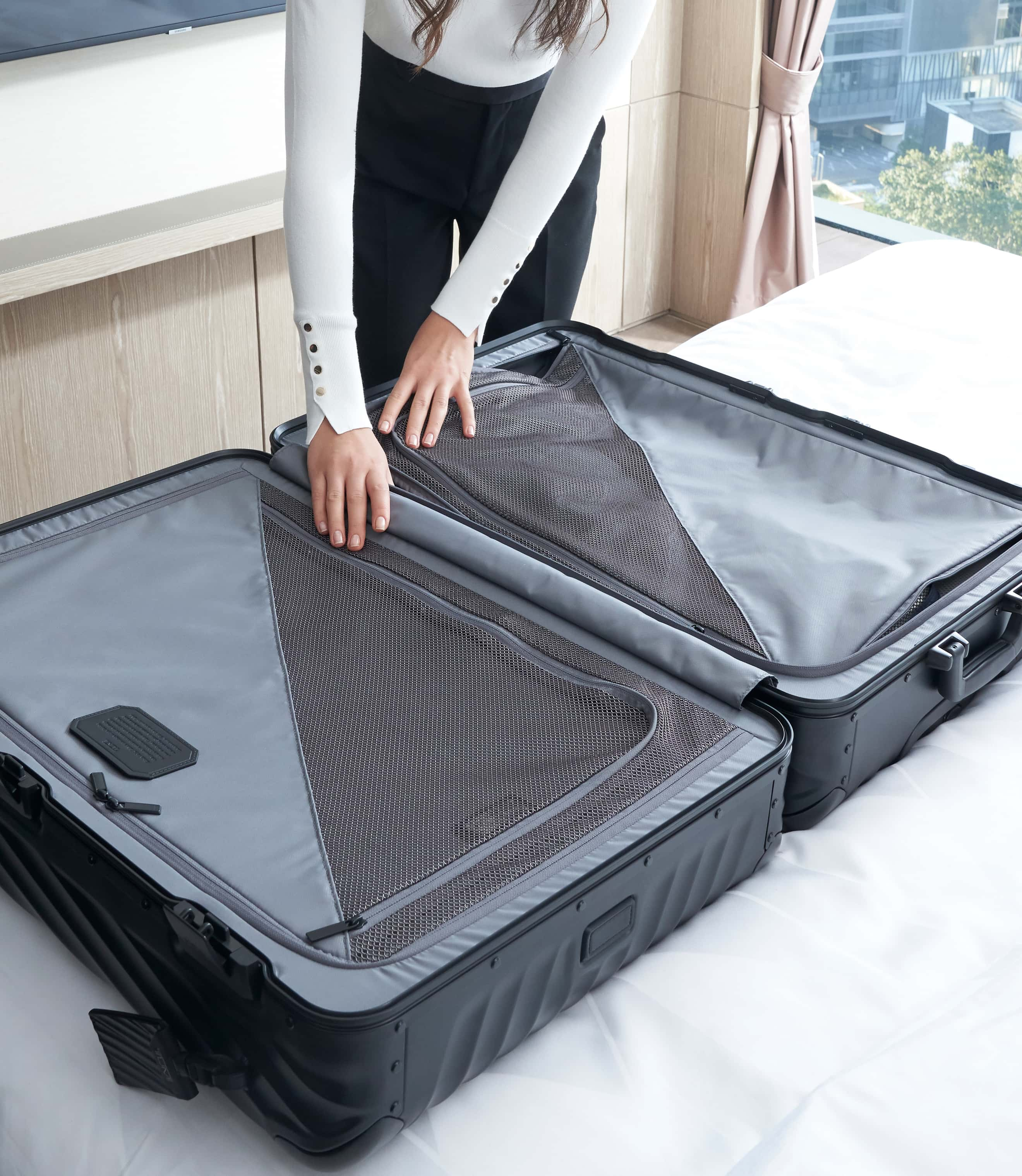 EXTENDED TRIP PACKING MATTE BLACK - lifestyle | Tumi Thailand
