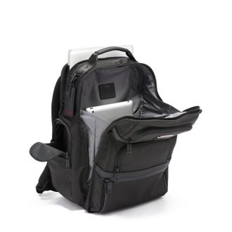 TUMI BRIEF PACK Black - medium | Tumi Thailand
